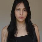 Luiza Estevam (Estudante de Odontologia)