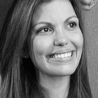 Dra. Renata Belomo Diomena (Cirurgiã-Dentista)