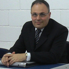 Dr. Ayrton Arcazas Jr (Implantodontista)