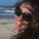 Erika M de a Queiroz (Estudante de Odontologia)
