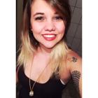 Larissa Luca dos Santos (Estudante de Odontologia)