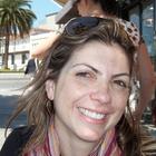 Dra. Flavia Fiod Schiavotelo (Cirurgiã-Dentista)