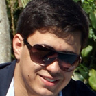 Douglas Cavenaghi Molina (Estudante de Odontologia)