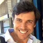 Dr. Claudio de Oliveira Costa (Cirurgião-Dentista)