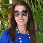 Dra. Simone Valenga (Cirurgiã-Dentista)