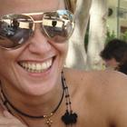 Dra. Mônica Almeida (Cirurgiã-Dentista)