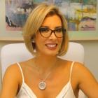 Dra. Daniela de Oliveira (Cirurgiã-Dentista)