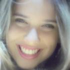 Dra. Fernanda Caroline de Castro Primo (Cirurgiã-Dentista)