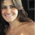 Dra. Larissa Vital de Benedicto (Cirurgiã-Dentista)
