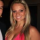 Cláudia Schmitt (Estudante de Odontologia)