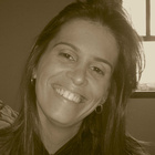 Dra. Paula Fidelis Marques Silva (Cirurgiã-Dentista)