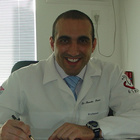 Dr. Renato Tiosso (Cirurgião-Dentista)