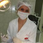Dra. Juliani Tibolla (Cirurgiã-Dentista)