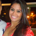 Dra. Larissa Lima (Cirurgiã-Dentista)