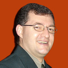 Dr. Leandro Gauer (Mestre em Ortodontia e Ortopedia Facial)
