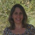 Dra. Denise Dias (Cirurgiã-Dentista)