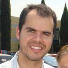 Dr. Bernardo Moura Trigueiro (Cirurgião-Dentista)