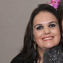 Dra. Adriana Queiroz Mendes (Cirurgiã-Dentista)