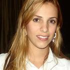 Dra. Luciana Nogueira (Cirurgiã-Dentista)