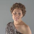 Dra. Andréa Falcão (Cirurgiã-Dentista)