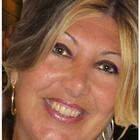 Dra. Débora Andrade Bontempi Canevér (Cirurgiã-Dentista)
