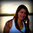 Carla Emanuela Amorim (Estudante de Odontologia)