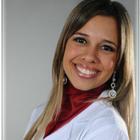 Dra. Fabiola Andresa Paes Santana de Jesus (Cirurgiã-Dentista)