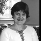 Dra. Liana Bastos Freitas-Fernandes (Cirurgiã-Dentista)