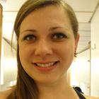 Dra. Karina Faria (Cirurgiã-Dentista)