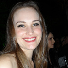 Dra. Laura Moesch (Cirurgiã-Dentista)