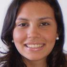 Carolina Caires de Almeida (Estudante de Odontologia)