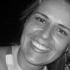 Dra. Karen Bombardelli (Cirurgiã-Dentista)