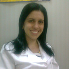 Dra. Fernanda Abbas (Cirurgiã-Dentista)