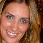Dra. Tenille Torezani (Cirurgiã-Dentista)