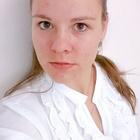 Dra. Caroline Beatrice Ramos (Cirurgiã-Dentista)