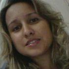 Dra. Adriana Campos Navarro (Cirurgiã-Dentista)