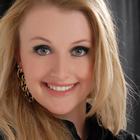 Dra. Amanda Cristina Schoeffel (Cirurgiã-Dentista)