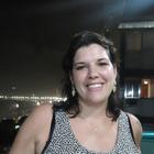 Dra. Luciana Junqueira (Cirurgiã-Dentista)