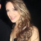 Tina Buss (Estudante de Odontologia)