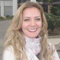 Dra. Kátia Marie de Oliveira (Cirurgiã-Dentista)