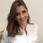 Dra. Larissa Menegucci Jacomini (Cirurgiã-Dentista)