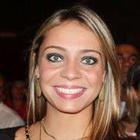 Caroline Schneider (Estudante de Odontologia)