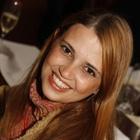 Dra. Ana Paula Nogueira Godoi (Cirurgiã-Dentista)