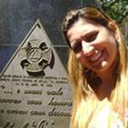 Dra. Flavia Santoro do Val (Cirurgiã-Dentista)