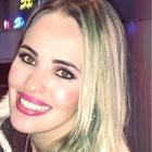 Dra. Carolina Medeiros Fabris (Cirurgiã-Dentista)