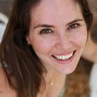 Dra. Patrícia Kalil Tavares (Cirurgiã-Dentista)