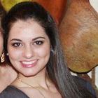 Caroline Andrade (Estudante de Odontologia)
