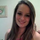 Évilin Cristina de Oliveira (Estudante de Odontologia)