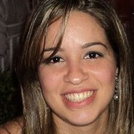 Dra. Ana Paula O. Leal (Cirurgiã-Dentista)