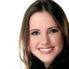 Dra. Camila Fabri (Cirurgiã-Dentista)
